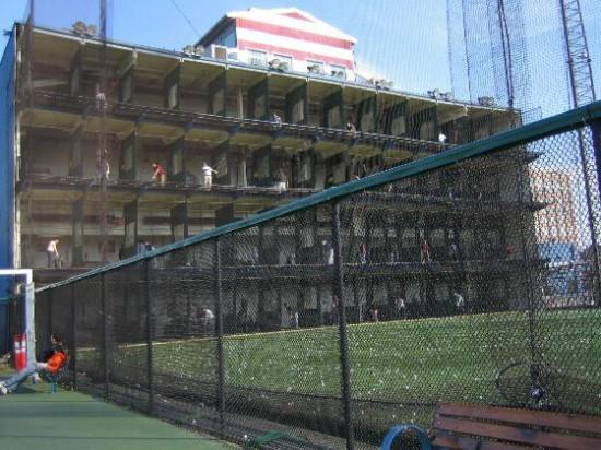 Abb. 14 - Golfübungscenter auf dem Pier 59