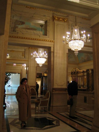 Abb. 4 - Foyer des St. Regis